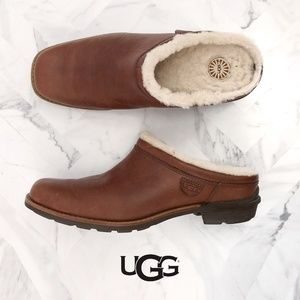 UGG Shearling Lined Leather Clog 100295